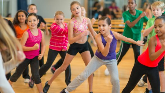 6 steps to enroll your child in a dance class