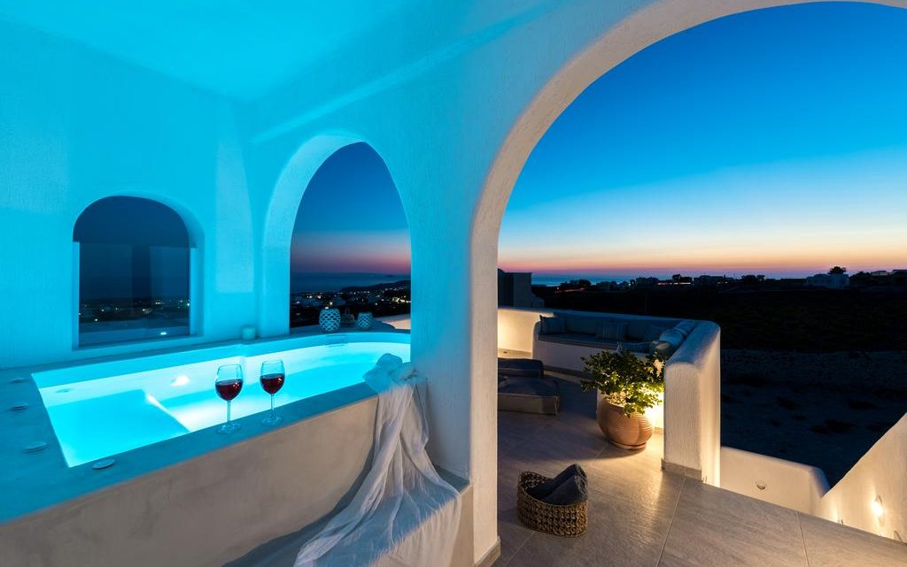 Opting for Luxurious Villas over a Hotel Room