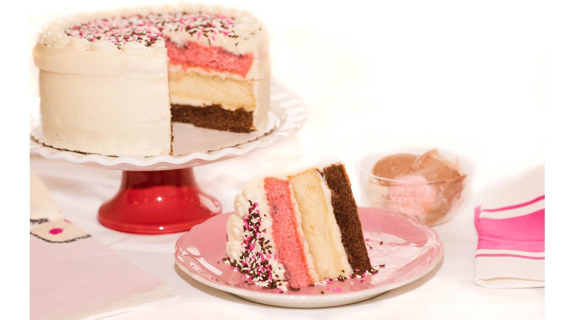 Information to have when ordering a cake for delivery